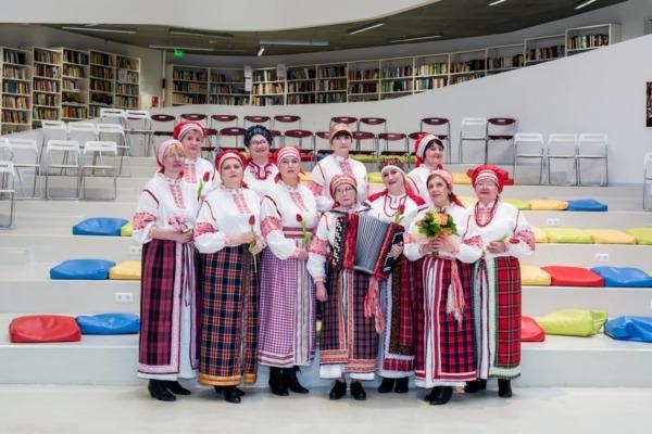 Ventspils krievu folkloras kopa Zdravica