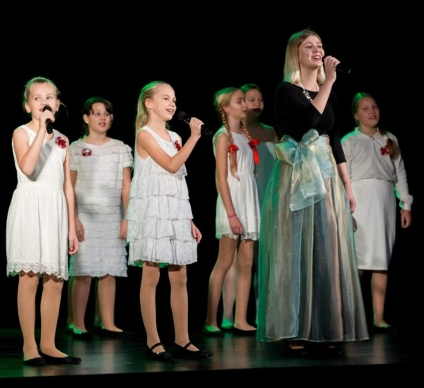 Ventspils bērnu vokālais ansamblis Cita planēta
